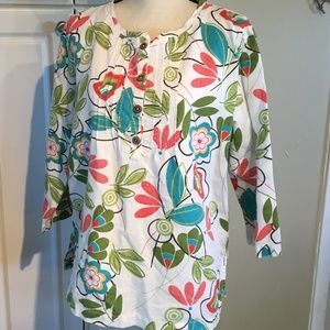 Hot Cotton Floral Print Top. Size Large